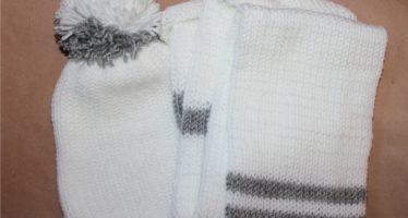 Gift idea: Handmade hat & scarf