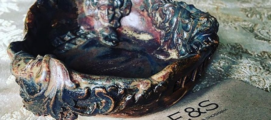 Ceramics by Helena-Reet Ennet  – Custom made soap dish